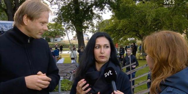 Anders Lindberg, politisk chefredaktör på Aftonbladet och Sakine Madon, politisk chefredaktör på UNT i SVT:s sändning efter talet.  SVT