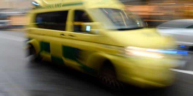 Minst en dod i bilolycka i skane