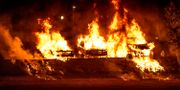 Bilar brinner på Kronogården i Trollhättan 13 augusti. Joachim Nywall/TT / TT NYHETSBYRÅN