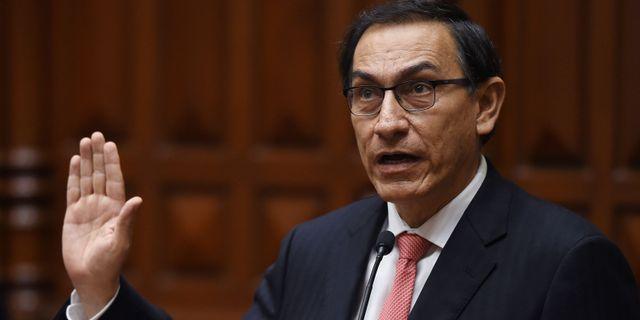 Martin Vizcarra svärs in som president.  CRIS BOURONCLE / AFP