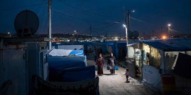 Arkivbild. Ett av de läger dit syrier har flytt kriget, dock inte ett av de där IS-familjer sitter. Felipe Dana / TT / NTB Scanpix