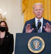 Kamala Harris och Joe Biden.  Manuel Balce Ceneta / TT NYHETSBYRÅN