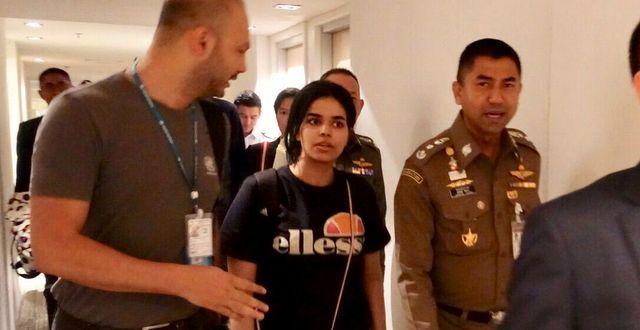 Rahaf Mohammed al-Qunun på Thailands flygplats.  HANDOUT / TT NYHETSBYRÅN