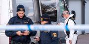 Poliser på brottsplatsen. Johan Nilsson/TT / TT NYHETSBYRÅN
