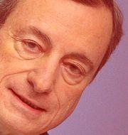 Mario Draghi har i höst suttit åtta år som chef för ECB.  DANIEL ROLAND / AFP