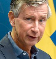 Sveriges vaccinsamordnare Richard Bergström och EU-kommissionens ordförande Ursula von der Leyen. TT.
