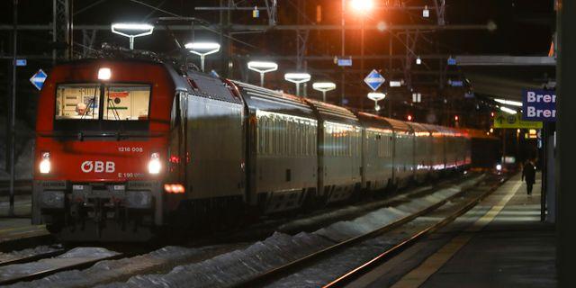 Ett tåg som stoppats på den italienska sidan av Brennerpasset. Matthias Schrader / TT NYHETSBYRÅN