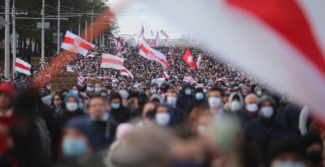 Protesterna i Belarus på söndagen.  TT NYHETSBYRÅN