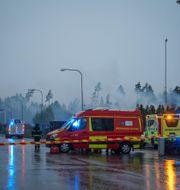 Räddningstjänsten på plats. Carl Carlert/TT / TT NYHETSBYRÅN