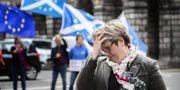 Skottska politikern Joanna Cherry inför en pressträff. TT