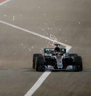 Red Bull-föraren Max Verstappen och hemmafavoriten Lewis Hamilton. HAMAD I MOHAMMED / TT NYHETSBYRÅN