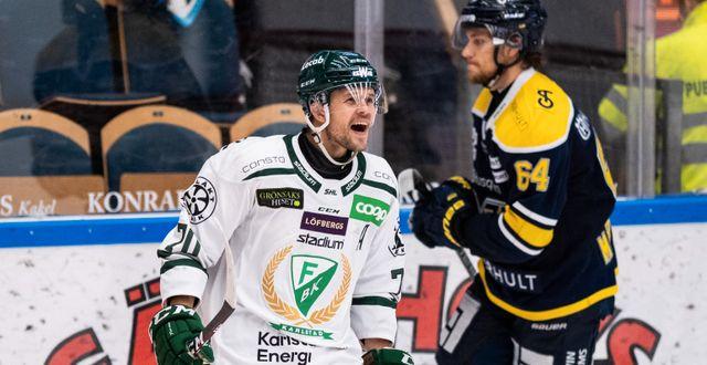 Färjestads Jacob Nilsson jublar efter 2-3.  MATHIAS BERGELD / BILDBYRÅN