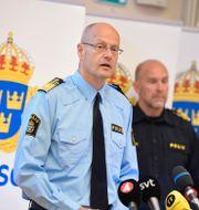 Mats Löfving, chef för nationella operativa avdelningen, till vänster. Pontus Lundahl/TT / TT NYHETSBYRÅN