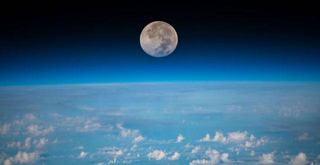 Månen sedd från Internationella rymdstationen. Nasa