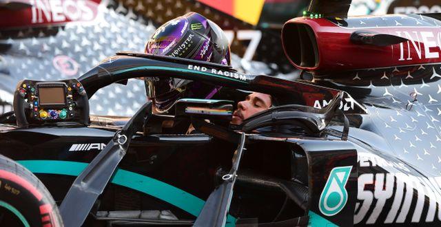 Lewis Hamilton i i sin Mercedes. Jennifer Lorenzini / TT NYHETSBYRÅN