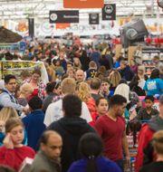 Mycket folk men lugnt i den här Walmartbutiken i Arkansas, USA. Gunnar Rathbun / TT NYHETSBYRÅN