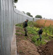 Ett stängsel i Grekland mot den turkiska gränsen. Giannis Papanikos / TT NYHETSBYRÅN