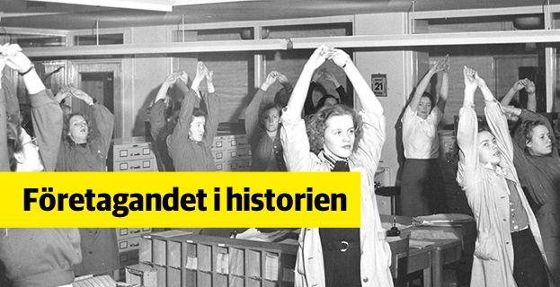 Pågående kontorsträning på Skandia. Bild ur Skandias historiska arkiv på Centrum för Näringslivshistoria. Skandias arkiv på Centrum för Näringslivshistoria