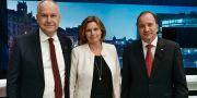 Jonas Sjöstedt (V), Isabella Lövin (MP) och Stefan Löfven (S). Stina Stjernkvist/TT / TT NYHETSBYRÅN