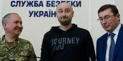 Arkadij Babtjenko i mitten. VALENTYN OGIRENKO / X03345