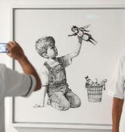 Banksys verk på Southampton General Hospital. Andrew Matthews / TT NYHETSBYRÅN