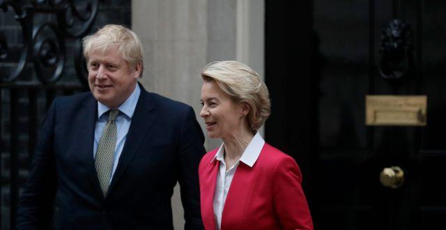 Arkivbild: Johnson och EU-chefen Ursula von der Leyen. Matt Dunham / TT NYHETSBYRÅN