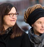 Anna Ekström (S) och Amanda Lind (MP).  Naina Helén Jåma/TT / TT NYHETSBYRÅN