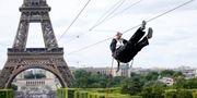 I helgen kan du flyga rakt ut från Eiffeltornet. Reuters