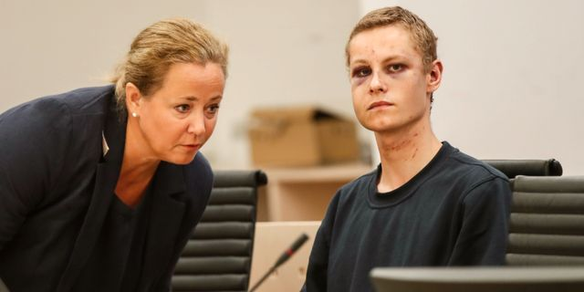 Philip Manshaus och sin advokat. Vidar Ruud / TT NYHETSBYRÅN