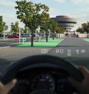 I framtiden projiceras köranvisningar på vindrutan.  Wayray (pressbild)