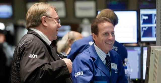 Börsmäklare på NYSE. Arkivbild. Richard Drew / TT NYHETSBYRÅN