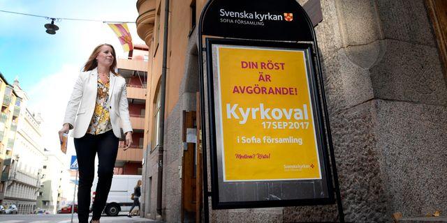 Annie Lööf förtidsröstar. Janerik Henriksson/TT / TT NYHETSBYRÅN