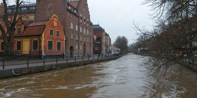 Fyrisåns vattenflöde genom centrala Uppsala i april 2013. Leo Sellén / TT / TT NYHETSBYRÅN