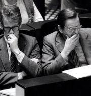 Ingvar Carlsson och Olof Palme i riksdagen 1983. Peter Dietrich / TT / TT NYHETSBYRÅN