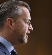 Damberg på dagens pressträff.  Anders Wiklund/TT / TT NYHETSBYRÅN