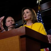 Nancy Pelosi, Adam Schiff, Elijah Cummings och Jerrold Nadler vid en presskonferens i går. Alex Wroblewski / GETTY IMAGES NORTH AMERICA