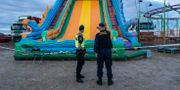 Hoppborg rasade i Kivik på tisdagskvällen. Johan Nilsson/TT / TT NYHETSBYRÅN