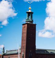 Stockholm och Oslo. TT