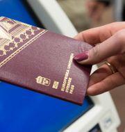 Ett svenskt pass. TT NYHETSBYRÅN