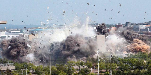 Igår sprängde Nordkorea det gemensamma sambandskontoret vid gränsen till Sydkorea.  TT NYHETSBYRÅN