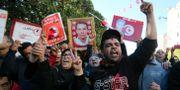 Demonstranter i Tunis.  STRINGER / TT NYHETSBYRÅN