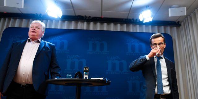 Lars Ingvar Ljungman, Moderaternas ordförande i valberedningen, förslår att Ulf Kristersson blir ny partiledare för partiet. Stina Stjernkvist/TT / TT NYHETSBYRÅN