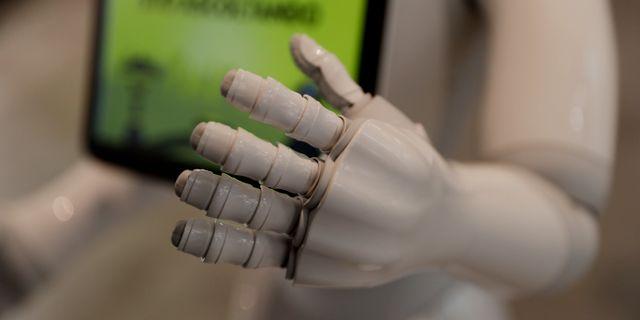 Illustrationsbild. Roboten Robby Peppers hand.  Luca Bruno / TT NYHETSBYRÅN