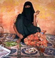 Kvinna som tuggar khat. Farah Abdi Warsameh / TT NYHETSBYRÅN