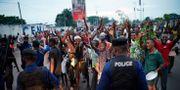 Människor firar på gatorna i Kinshasa efter att Felix Tshisekedi utropats som vinnare. Jerome Delay / TT NYHETSBYRÅN/ NTB Scanpix