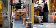 """Arkivbild: Amazons """"fulfillment center"""" i amerikanska Baltimore.  Patrick Semansky / TT NYHETSBYRÅN"""
