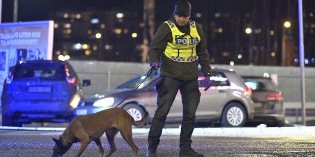 Polis på brottsplatsen Claudio Bresciani/TT / TT NYHETSBYRÅN