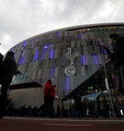 Publik anländer till Tottenham Hotspur stadium. Arkivbild.  Kirsty Wigglesworth / TT NYHETSBYRÅN