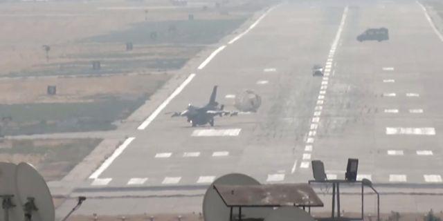 Turkiska stridsplan i Diyarbakir. REUTERS TV / TT NYHETSBYRÅN