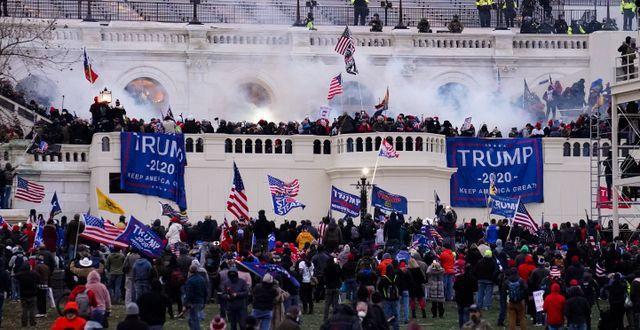 Bild från händelserna 6 januari.  John Minchillo / TT NYHETSBYRÅN